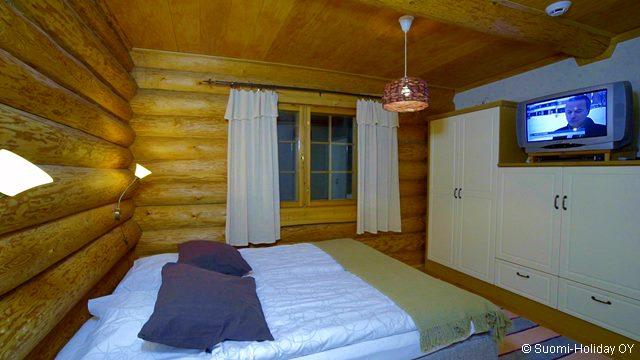 Спальни в коттедже