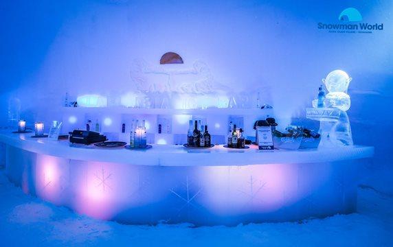 Snowman ice bar